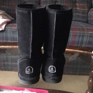 Bear paw black boots worn twice don't fit